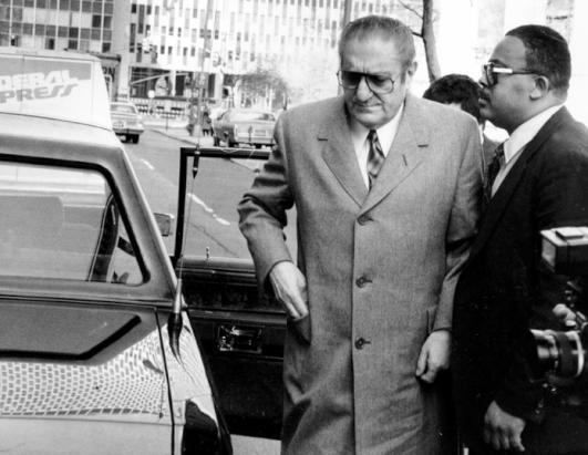 the gangster life and murder of paul castellano John gotti was convicted of the murder and dying carlo gambino appointed paul castellano as //wwwthoughtcocom/john-dapper-don-gotti-971948 (accessed.