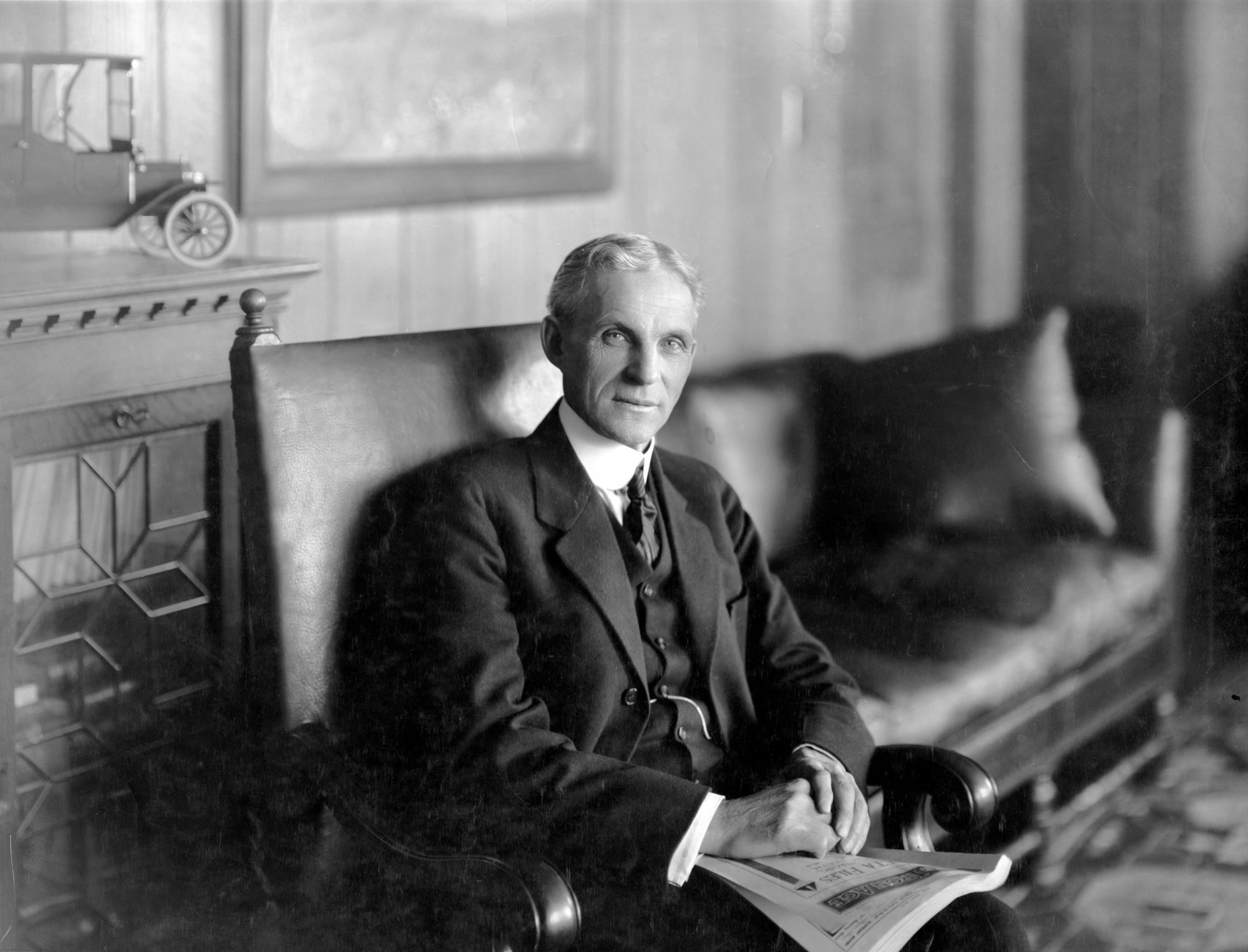 "henry ford report Henry ford for kids provides an in-depth and refreshingly realistic portrait  of the man who ""put america on wheels"" and, in so doing,."